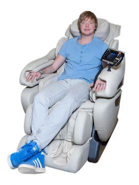 US MEDICA Infinity 3D Массажное кресло бежевое